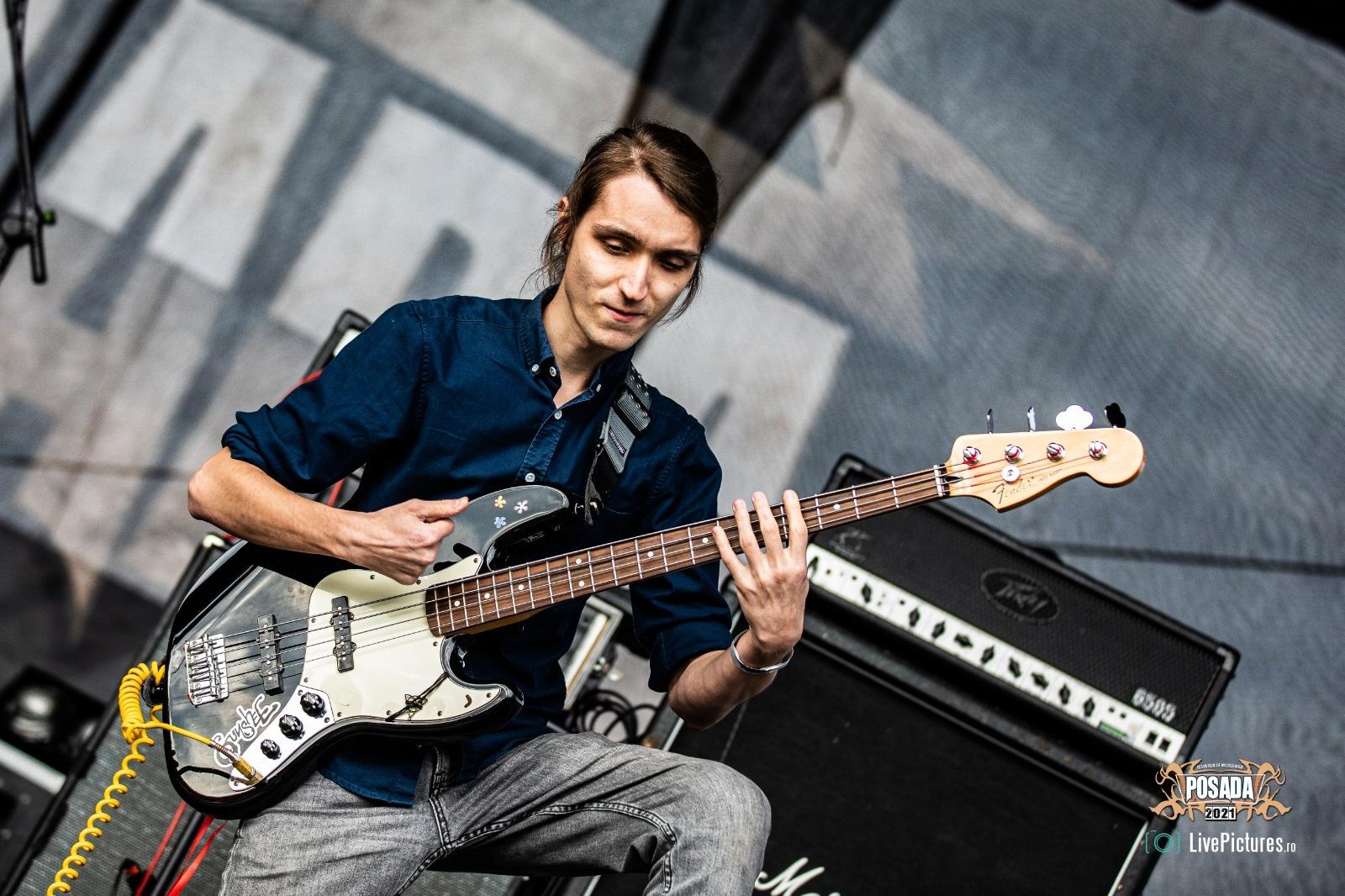 gunshee la posada rock 21 bass